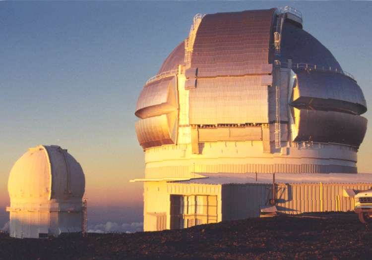 Figure 5 - The Geminii Northern telescope, with the CFH in the background