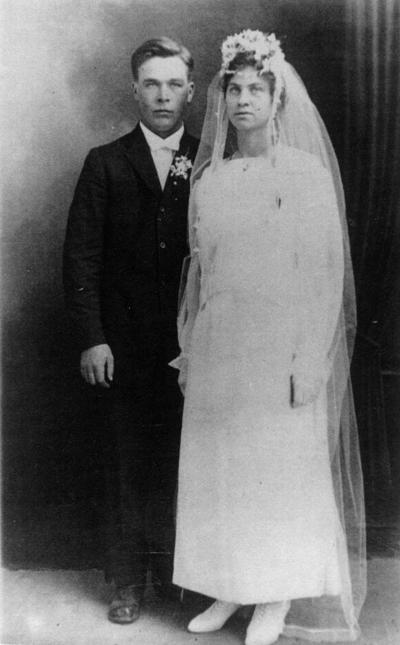 Lydia Dragland / Thorvald Bjerke wedding - 1917